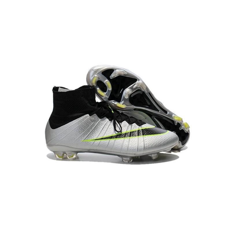 Scarpa Calcio Cristiano Ronaldo Nike Mercurial Superfly 4 FG Metallico Nero b8a5e6b6edc
