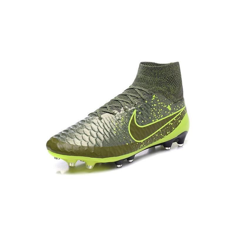scarpe nike calcio acc