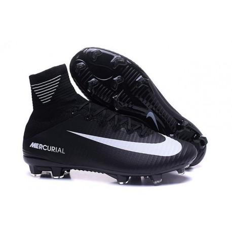 Nike Mercurial Superfly V FG ACC Nuove Scarpa da Calcetto Nero Bianco