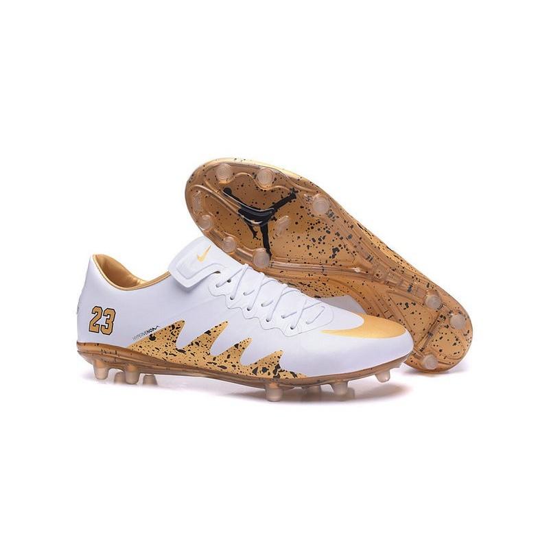 scarpe calcio nike jordan