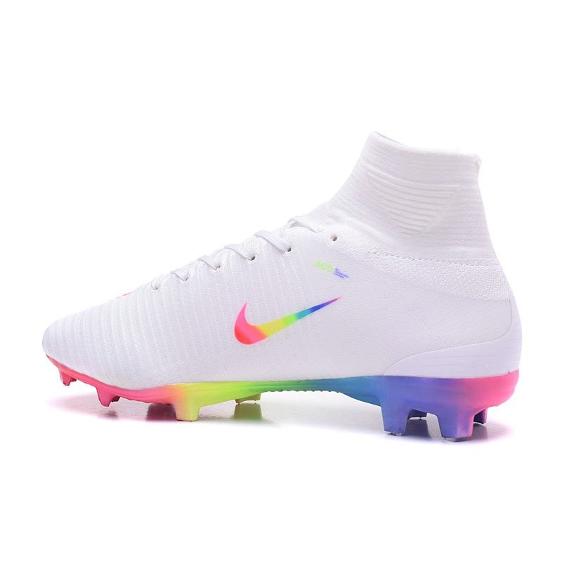 nike arcobaleno calcio