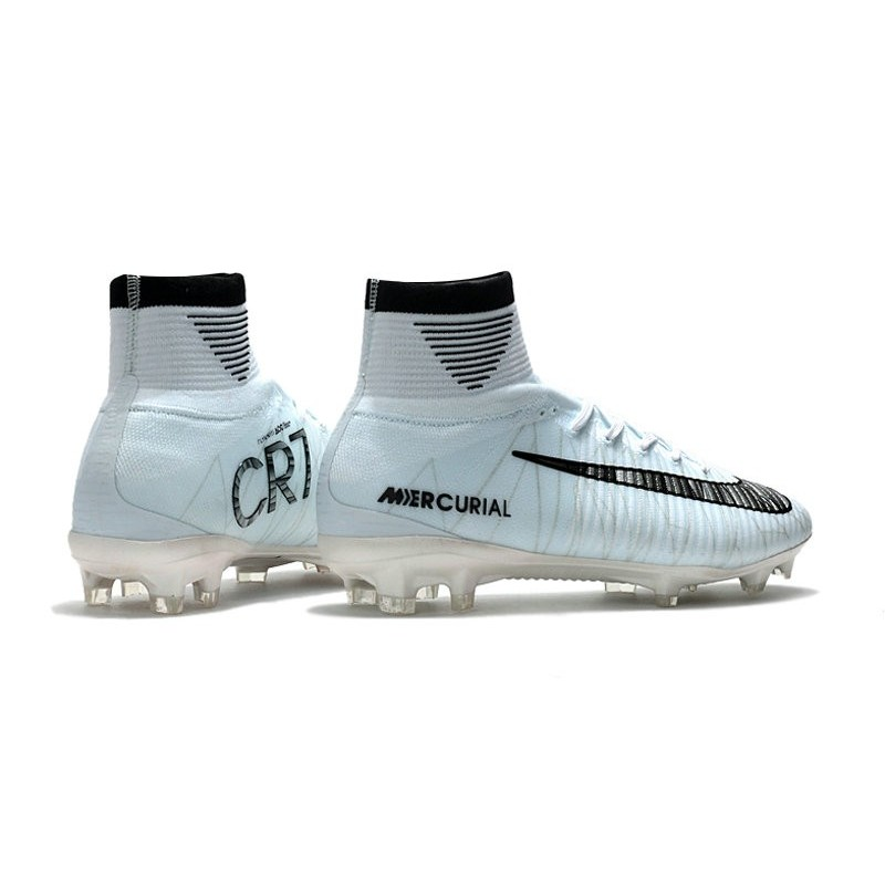 super popular f058f af112 scarpe -da-calcio-ronaldo-nike-mercurial-superfly-v-cr7-fg-acc-bianco-nero.jpg