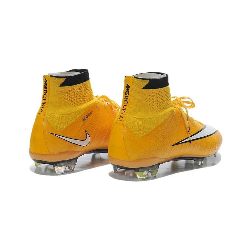 Acquista 2 OFF QUALSIASI scarpe di ronaldo gialle CASE E OTTIENI IL ... 2ec98181891